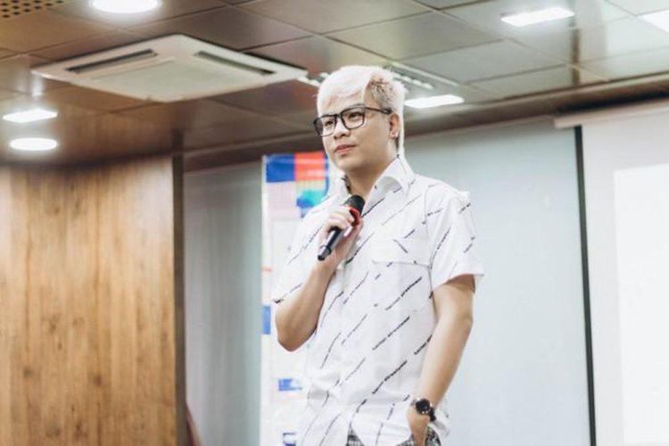 Nhạc sĩ kiêm nhà sản xuất âm nhạc Hứa Kim Tuyền